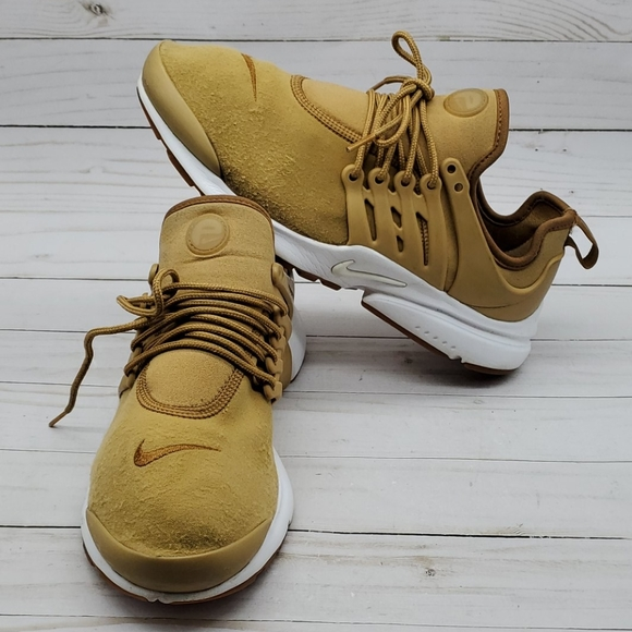 Nike Shoes | Presto Elemental Gold